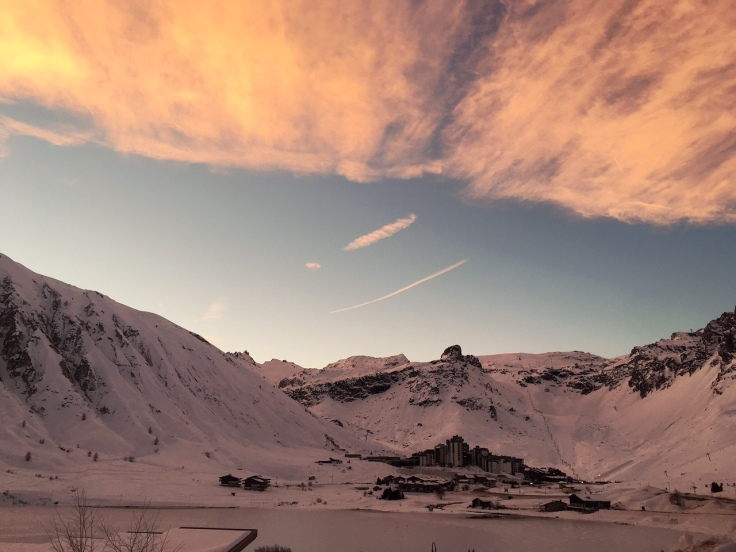 tignes sun up